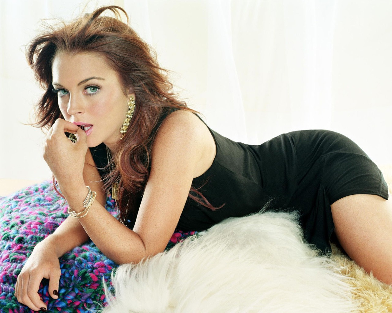 top wallpapers young lindsay - photo #12