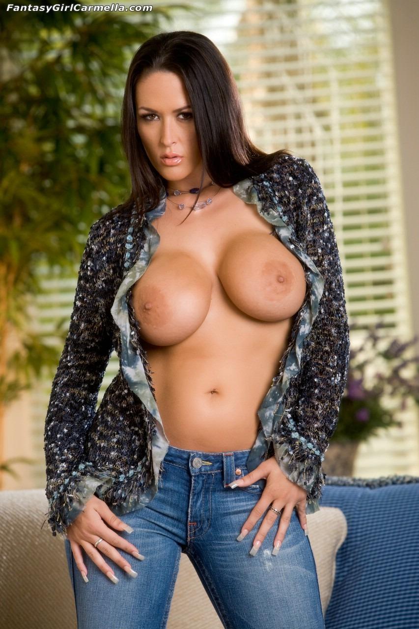 Fat bbw plumper lesbians love sucking tits and pussy1 5