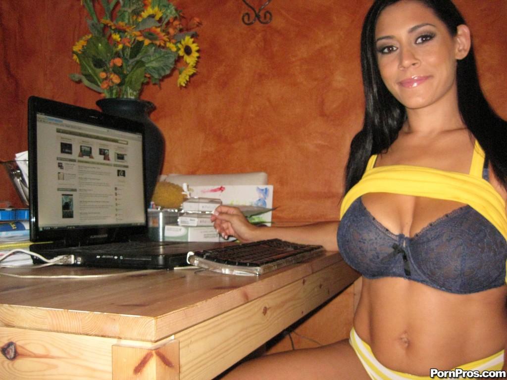 Raylene homemade Webcam Sex Tape