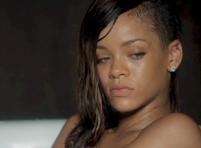 Rihanna stay nude Screen-Shot-2013-02-11-at-8_05_50-PM