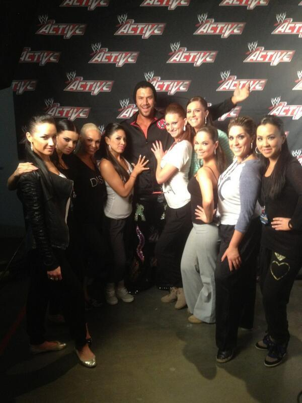 Fandango getting ready for his reverse gangbang.