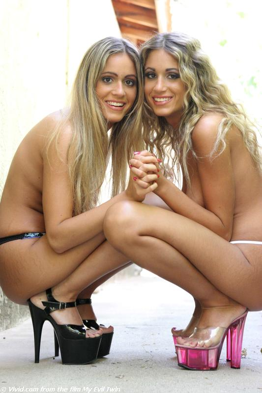 The Love Twins Lacey Lyndsey 07