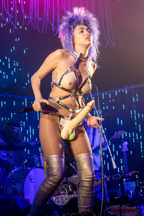 Miley Cyrus is Pornography 1